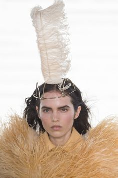 Nina Ricci at Paris Fashion Week Spring 2018 - Details Runway Photos