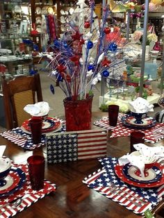 Table Setting Ideas for a 4th of July Party | Pinterest | Table ...