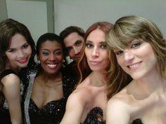 Back Donna Moda con Elina Fernandez Fantacci,Lemylie Sozah,Roberto Piazza,Mariana Palacios,Mariana Andrisjezen