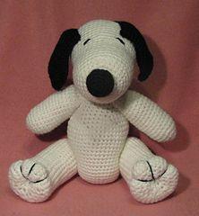 "Snoopy Lookalike - Free Amigurumi Pattern - PDF click ""download"" or ""free Ravelry download"" http://www.ravelry.com/patterns/library/crocheted-snoopy-lookalike-amigurumi"