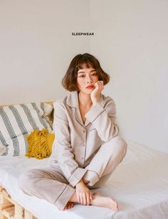 Cute Pajama Sets, Cute Pajamas, Blog Online, Night Wear, Bossbabe, Fashion Outfits, Fashion Trends, Korean Fashion, Fashion Online