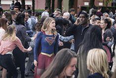 David Harewood and Melissa Benoist in Supergirl Supergirl Movie, Supergirl Season, Supergirl 2015, Season 2 Episode 1, Season 3, Episode 3, Maggie Sawyer, David Harewood, Superhero Shows