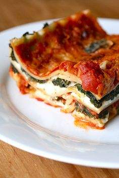 Spicy Kale Lasagna from Annie's Eats.  Rainbow Delicious Meal Plan Fall 2012 Week 2