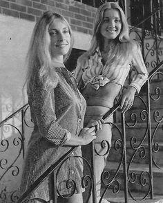 Sharon Tate and Barbara Bouchet Barbara Bouchet, Doris Duke, This Is Us Movie, Charles Manson, Roman Polanski, Joan Crawford, Retro Aesthetic, The Most Beautiful Girl, Classic Beauty