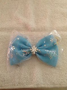 Elsa frozen inspired bow