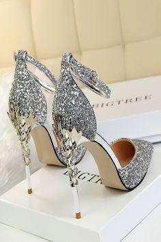 platform high heels for women black Lace Bridal Shoes, Bride Shoes, Prom Heels, Wedding Heels, Wedding Bride, Gold Wedding, Wedding Ceremony, Ankle Strap Heels, Shoes Heels