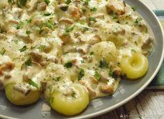 Kluski śląskie w sosie kurkowym