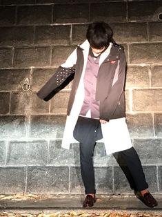 アウターonアウターの 中のアウターは短くなきゃいけない ってことはないでしょ。 誰がゴキブリ色の靴 Blazer, How To Wear, Jackets, Fashion, Down Jackets, Moda, Fashion Styles, Blazers, Fashion Illustrations