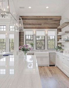 Awesome 46 Chic Modern Farmhouse Kitchen Decor Ideas. More at https://trendecorist.com/2018/05/06/46-chic-modern-farmhouse-kitchen-decor-ideas/