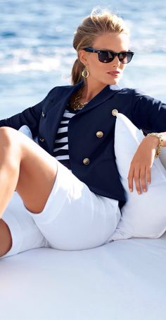 Nautical style... I <3 it