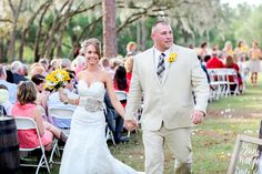 Lange farm wedding! http://lotuseyesphotography.com/blog/florida-ranch-wedding-the-lange-farm/  #weddings, #love