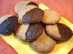 Feine Nusstaler mit Schokolade | Backen