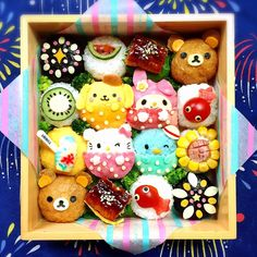 Sanrio & San X themed onigiri Bento by Ryoko ( Bento Box Lunch For Kids, Bento Kids, Cute Bento Boxes, Cute Food Art, Food Art For Kids, Japanese Food Art, Japanese Snacks, Bento Recipes, Baby Food Recipes