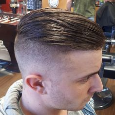 Great Hairstyles, Cool Haircuts, Haircuts For Men, Short Hair Cuts, Short Hair Styles, High Fade Haircut, Undercut Men, Faded Hair, Short Fringe
