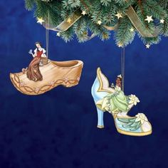 Disney's Once Upon a Slipper Ornaments  Tiana & Snow White Shoe Figures set 10