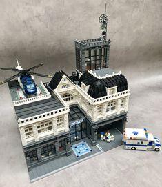 Lego What Does Autism Look Like? If you want to know what an autistic child Lego Minecraft, Lego Moc, Lego Technic, Lego Batman, Lego Ambulance, Lego Christmas Sets, Lego Hospital, Lego Hacks, Casa Lego