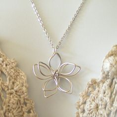 Silver Flower Wire Necklace