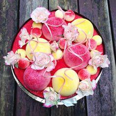 Passion raspberry and dark chocolate cake!!! #tårta #cake #pastry #pastrychef #theartofplating #gastroart #chefstalk #chefsofinstagram #passion #raspberry #sofieroslottsrestaurang #sofieroslott @skorpis78 by skorpis78