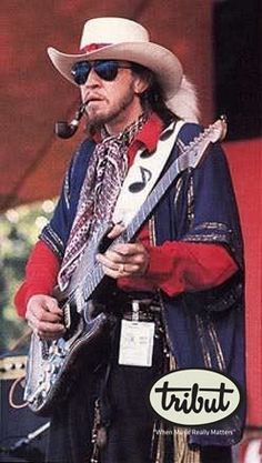 """Stephen """"Stevie"""" Ray Vaughan was an American blues-rock guitarist, whose broad appeal made him an influential electric blues guitarist. Stevie Ray Vaughan, Jimi Hendrix, Channel, Blues Rock, Music Photo, Eric Clapton, Music Icon, Look Cool, My Idol"""