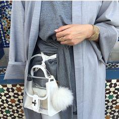 IG: TaqwaBintAli    Abaya Fashion    IG: Beautiifulinblack   