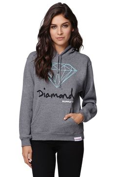 "A PacSun.com Online Exclusive! The Diamond OG Pullover Hoodie from Diamond Supply Co. features a Diamond Supply Co. logo graphic on the front and a pass through front pocket. Pair this hoodie with our denim for a comfortable casual style.	24"" length	22"" sleeve length	Measured from a size small	Model is wearing a small	Her Measurements: Height: 5'9"" Bust: 34"" Waist: 24"" Hips: 34""	80% cotton, 20% polyester	Machine washable	Imported"