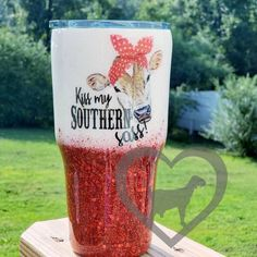 Kiss my Southern Sass Ombre tumbler Glitter Tumbler Custom Girls Tumbler, Mom Tumbler, Vinyl Tumblers, Custom Tumblers, Glitter Cups, Glitter Tumblers, Yeti Brand, Southern Baby Names, Tumblr Cup