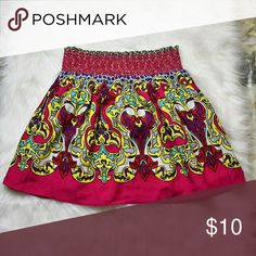 Beautiful Bright Printed Flowy Skirt In excellent condition. Skirts Mini
