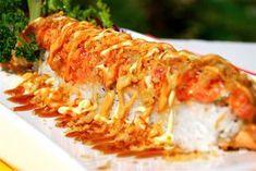 Kamikase Roll Sushi Take Out, Kinds Of Sushi, My Sushi, How To Make Sushi, Sushi Time, Sushi Moto, Volcano Roll, Fried Sushi, Sushi Salad