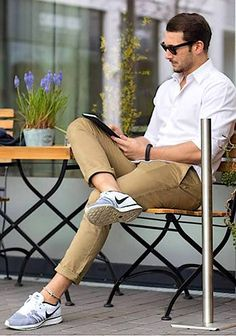 Mens Fashion Casual Shoes, Stylish Mens Outfits, Casual Outfits, Men Casual, Fashion Wear, Street Style Inspiration, Best Street Style, Look Man, Herren Outfit