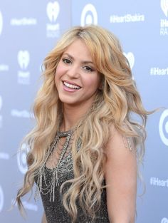 Pin for Later: 36 Ridiculously Sexy Shakira Moments 2014