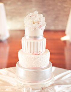 pearly wedding cake
