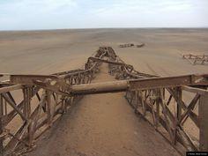 © Blende, Beate Virchow, #Bohrturm in der #Wüste | #Verfall #abandoned #drillingrig #desert
