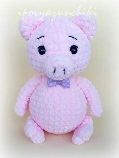 Plush crochet pig amigurumi