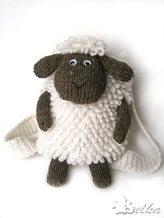 Sheep Backpack Free knitting Pattern.