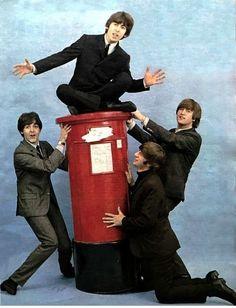 New music artwork album covers the beatles Ideas Beatles Funny, Beatles Love, Beatles Photos, Beatles Guitar, Music Cover Photos, Music Covers, Album Covers, Ringo Starr, George Harrison