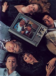 1982 SCTV Second City Television - I used to watch reruns when I was a kid Stand Up Comics, Rick Moranis, 1980s Pop Culture, Catherine O'hara, Late Night Show, Classic Comedies, 2nd City, Old Shows, Movie Titles