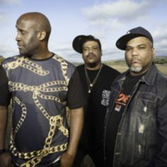 De La Soul - 30+ years and still better than the standard by ions! HipHop isn't dead.