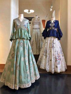 56 ideas for dress pattern party vintage sewing Choli Designs, Lehenga Designs, Blouse Designs, Lehenga Style, Silk Lehenga, Lehenga Blouse, Indian Gowns Dresses, Pakistani Dresses, Indian Wedding Outfits