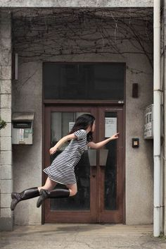 Levitation Self Portraits – Hayashi Natsumi