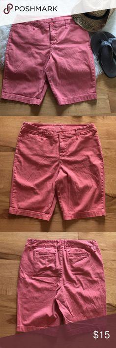 Coral Bermuda shorts Pretty coral colored Bermuda shorts by St Johns Bay in women's size 14. Cotton/spandex blend St. John's Bay Shorts Bermudas