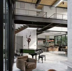Luxury-Family-House-Design-With-Exposed-Steel-Bridge-Ideas-Interior-530x525.jpg (530×525)
