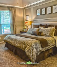 There are 4 #bedrooms in the residence. #bed #carpet #windows