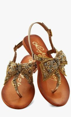 Gorgeous embroidered brown sandals fashion
