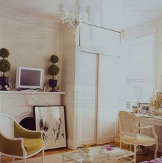 Small Place Style: Only 200 Square Feet !!