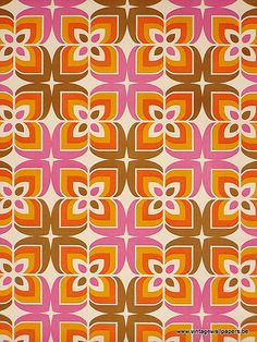 Amazing retro geometric vinyl wallpaper with super seventies pattern in pink, orange, brown and white color. Vintage Wallpaper Patterns, Retro Wallpaper, Vinyl Wallpaper, Pattern Wallpaper, Vintage Patterns, Vintage Wallpapers, Geometric Vintage Wallpaper, Tile Patterns, Pattern Art