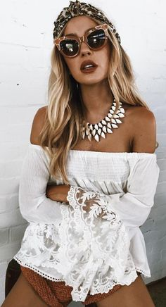 Stylish Ways Summer Outfits White Top