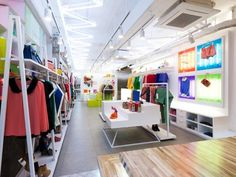 Flagship store Spicy Colors, Corea