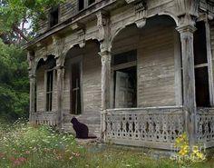 Pretty house. :)