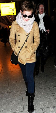 Emma Watson -- I absolutely love her style! And I'm She's chic, current AND classic in so many of her outfits. *I'm not 44 but I agree. Celebrity Airport Style, Emma Watson Style, Shearling Jacket, Love Her Style, Autumn Winter Fashion, Winter Style, Chic, What To Wear, Cute Outfits