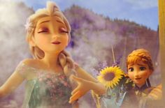 Anna y Elsa Frozen Fever Frozen And Tangled, Frozen Heart, Frozen Elsa And Anna, Disney Frozen, Frozen Stuff, Frozen Frozen, Elsa Anna, Disney Animated Movies, Disney Movies